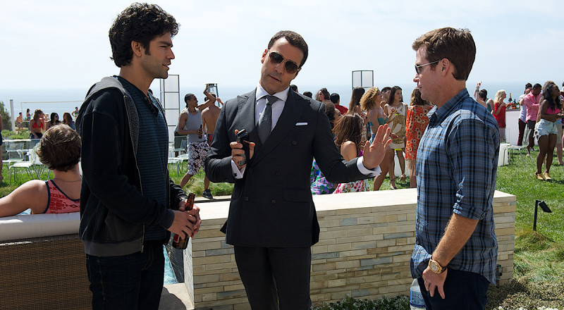 ENTOURAGE-3-800x440 - 13JUN2015