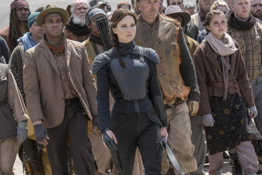 hunger-games-mockingjay-part-two-the-2015-001-katniss-at-head-of-rebel-crowd-ORIGINAL 28NOV2015