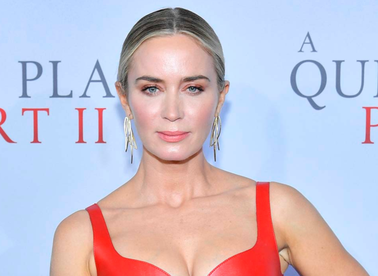 Emily Blunt Is Reportedly In Talks To Star In Christopher Nolan's Latest Film 'Oppenheimer'